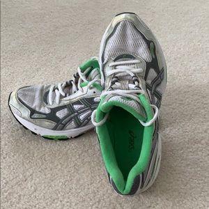 Women's ASICS TN675 Sneakers